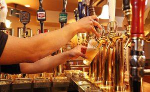 美味しいクラフトビールが飲めるバー「THE LEGEND 五反田店」